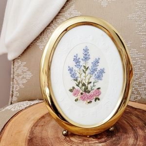 Sweet Vintage Embroidery Framed Flowers Art Piece